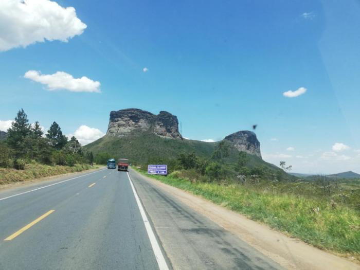 Berge am Straßenrand