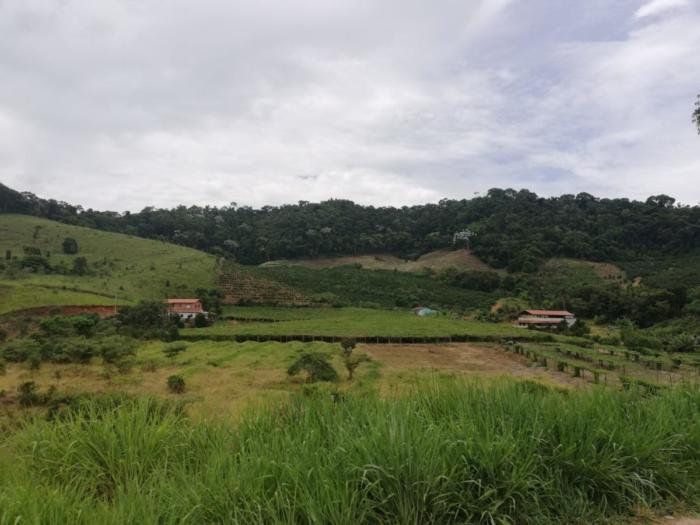 Felder und Hügel