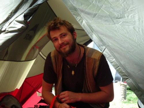 David im Zelt