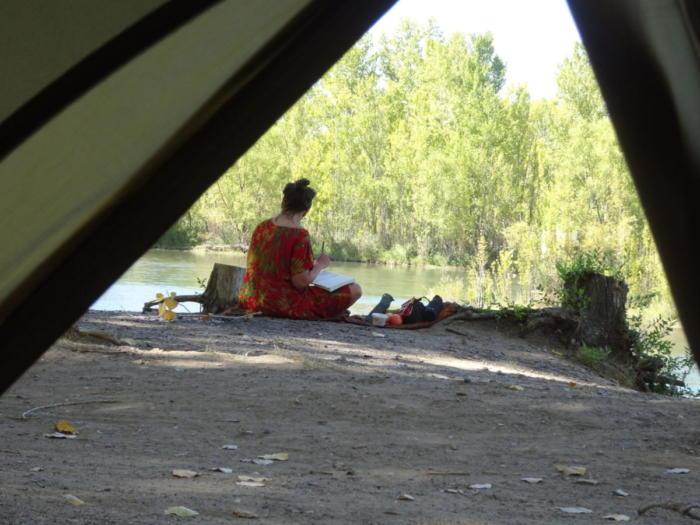 Klara beim schreiben