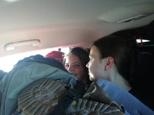 Im vollgepacktem Auto