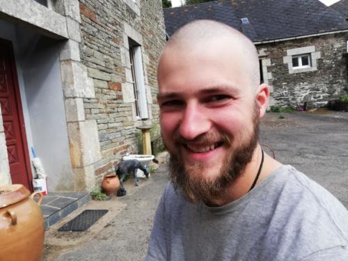 David mit Glatze