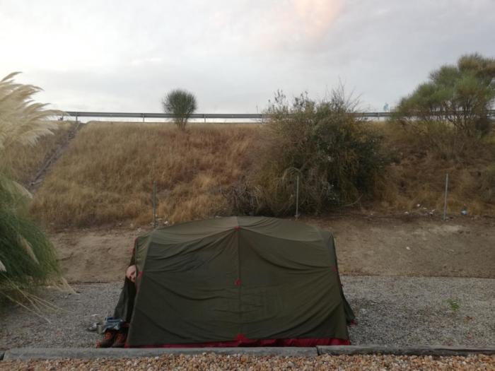Zelt auf Rasthof